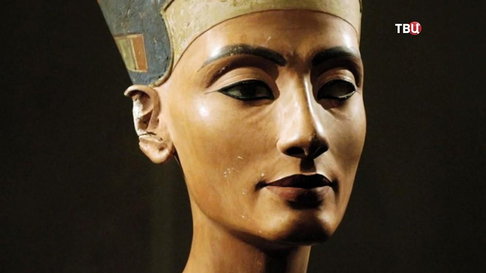 Статуэтка Нефертити