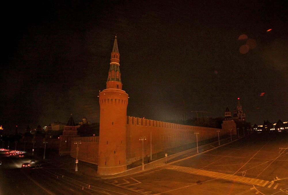 """Кремль без подсветки в """"Час Земли"""""""