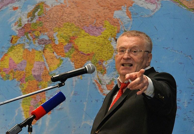 Владимир Жириновский выступает на съезде партии ЛДПР