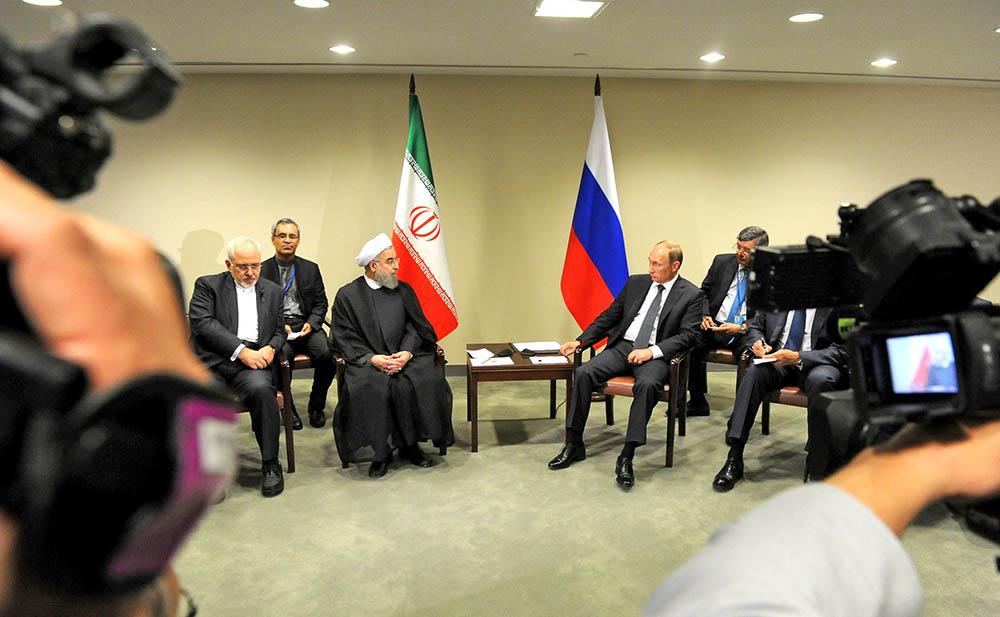 Президент России Владимир Путин и президент Республики Иран Хасан Роухани