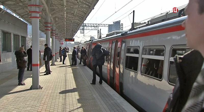 Поезд на МКЖД
