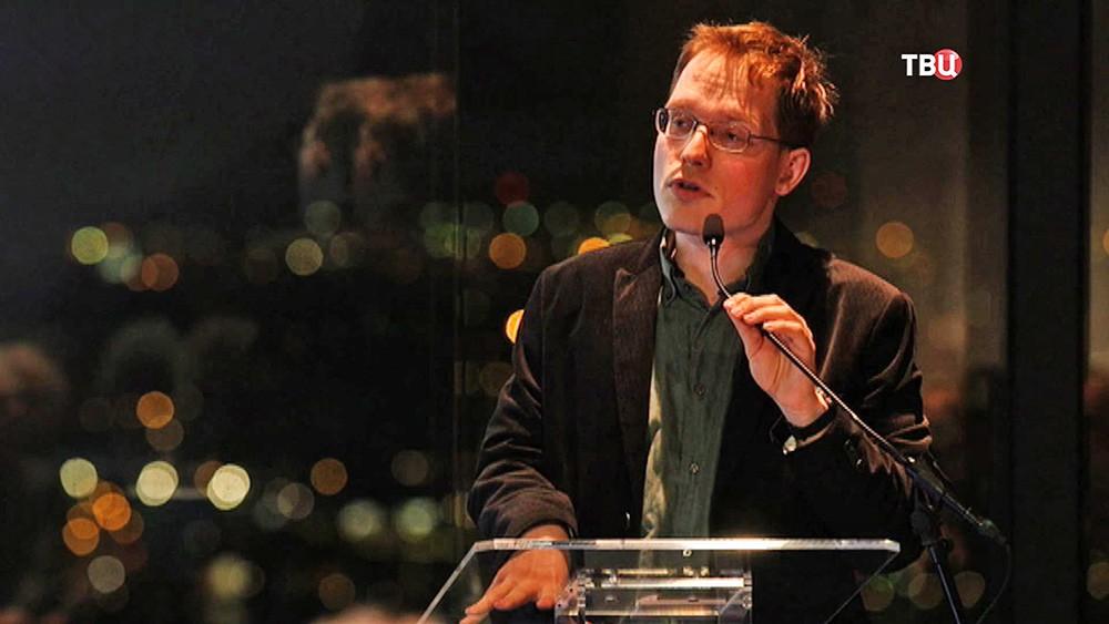 Пепайн Ван Хаувелинген, социолог