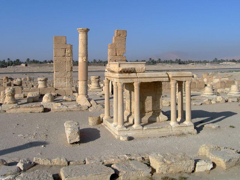 Храм Набу. Был уничтожен ИГ в 2015 году