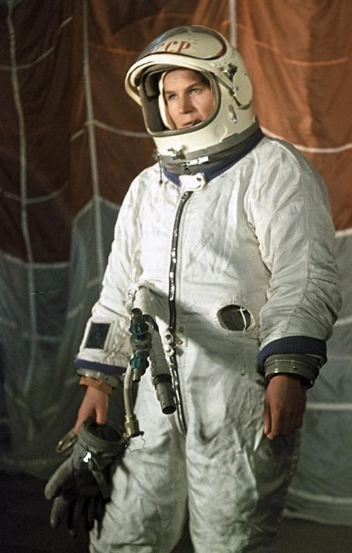 Летчик-космонавт Валентина Терешкова в период подготовки к космическому полету