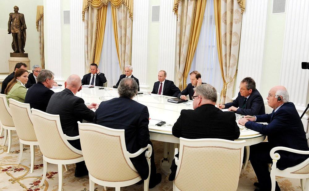 Встреча Владимира Пктина с представителями деловых кругов Германии