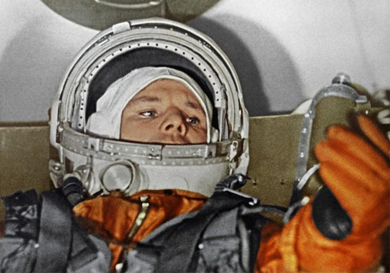 Первый летчик-космонавт СССР Юрий Алексеевич Гагарин