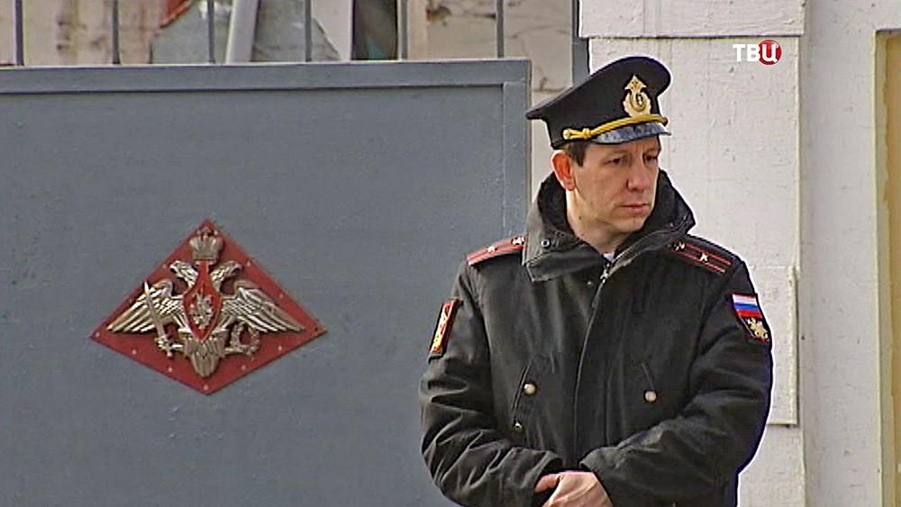 КПП военного госпиталя в Санкт-Петербурге