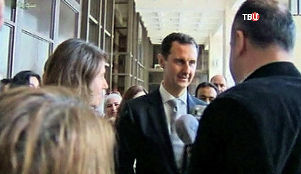 Башар Асад с супругой проголосовали на выборах в парламент