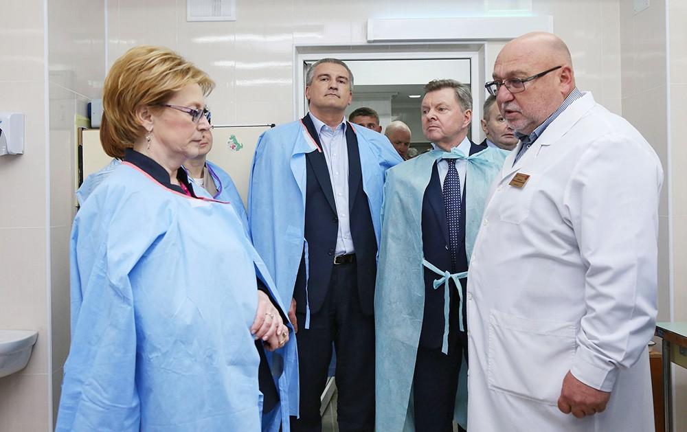Министр здравоохранения Российской Федерации Вероника Скворцова осмотрела строительство ялтинской больницы