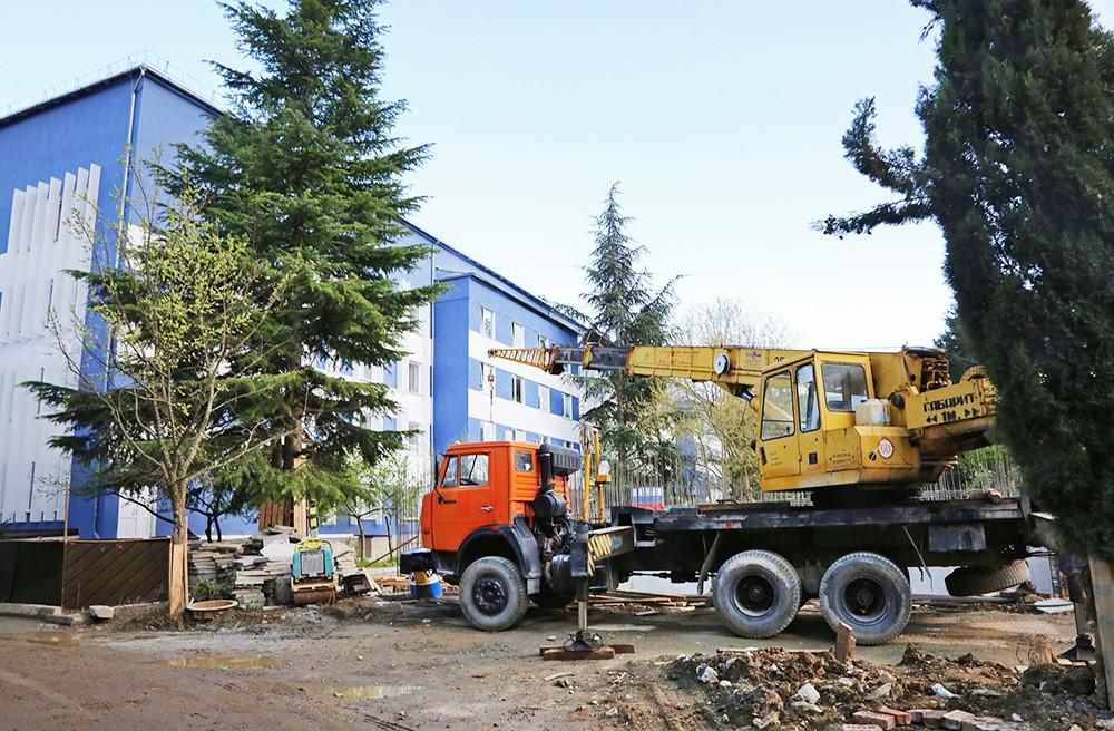 Строительство многофункционального медцентра в Ялте