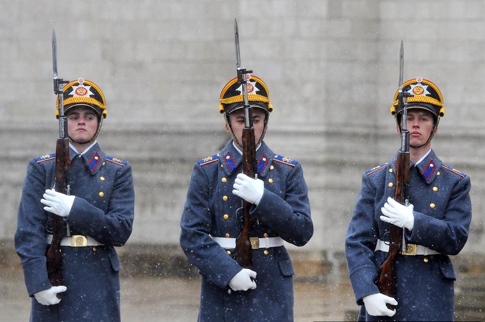 Почетный караул Президентского полка в Кремле