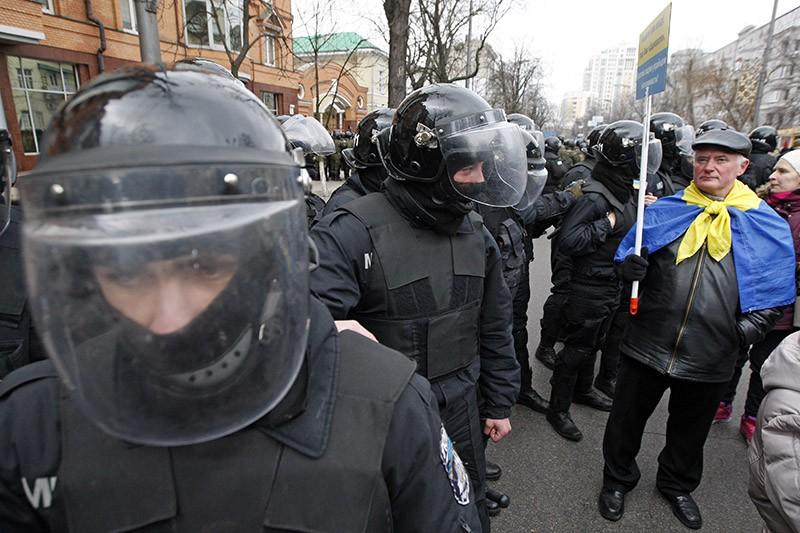 Украинская полиция во время беспорядков в Киеве