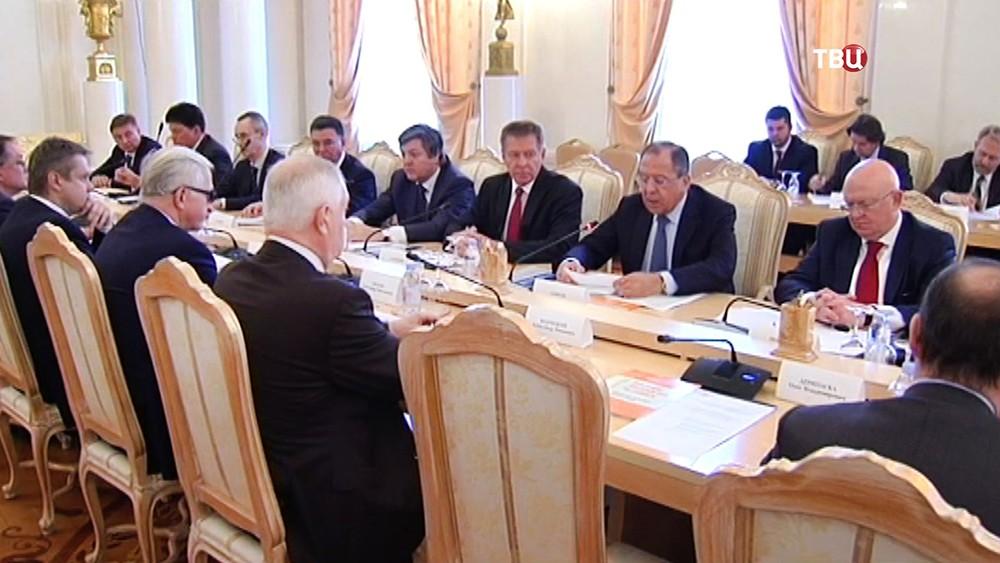 Сергей Лавров на заседании Делового совета при МИД