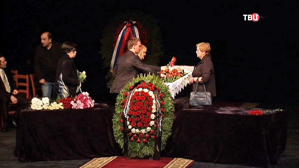Церемония прощания с народной артисткой России Ниной Архиповой