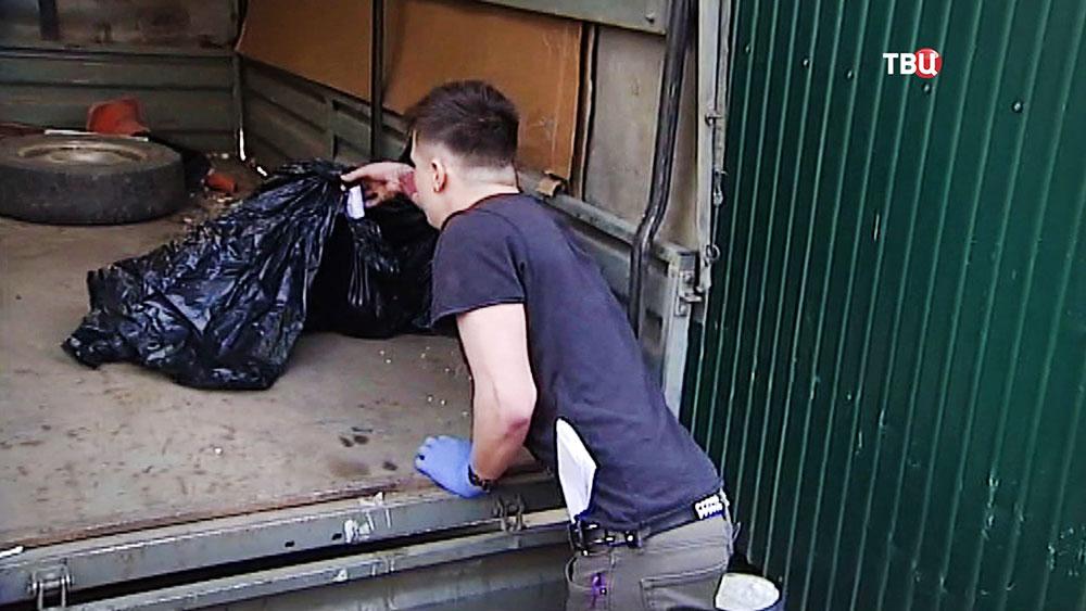 Вывоз трупов животных из собачьего приюта