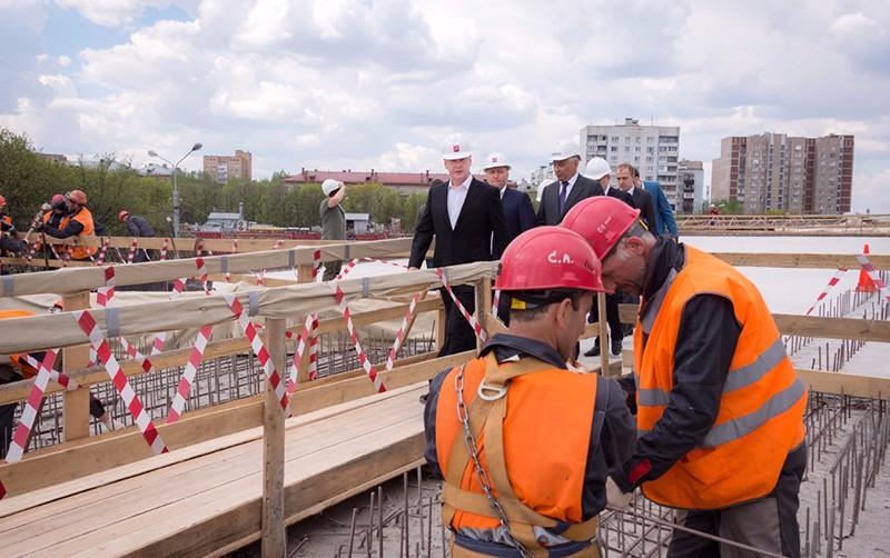 Сергей Собянин осматривает новую развязку на Волгоградском проспекте
