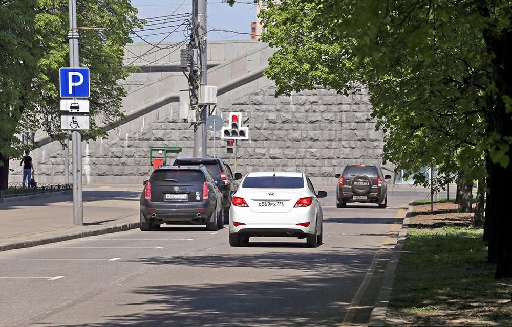 Новая схема движения на участке дублера набережной Тараса Шевченко