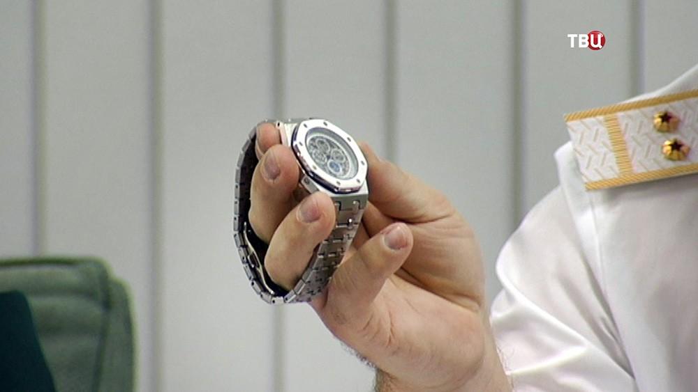 Изъятая партия контрабандных часов