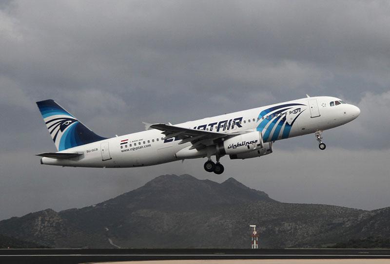 Самолет Airbus A320