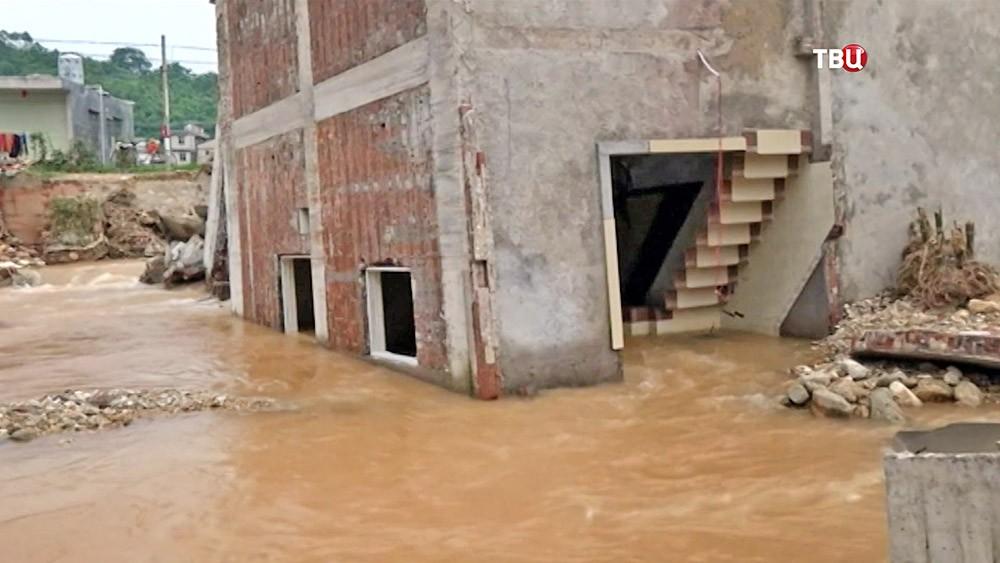 Последствия наводнения в Китае