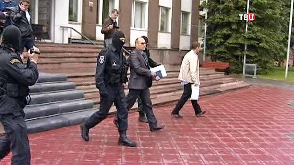 Задержание вице-мэра Великого Новгорода Вадима Фадеева по подозрению в распространении детской порнографии