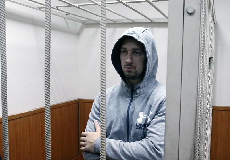 """Глава муниципального предприятия """"Дороги Владивостока"""" Андрей Лушников"""