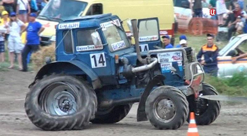Гонки на тракторах