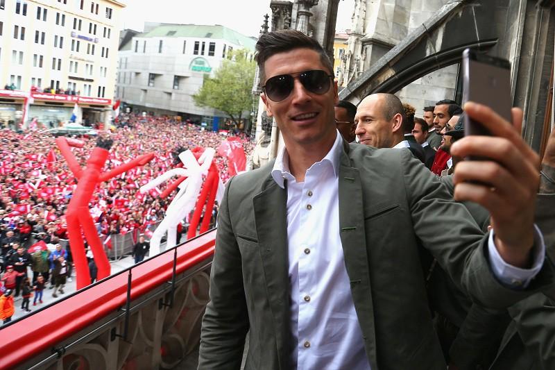 """Трансферная стоимость футболиста """"Баварии"""" 27-летнего поляка Роберта Левандовски составляет 70 миллионов евро."""