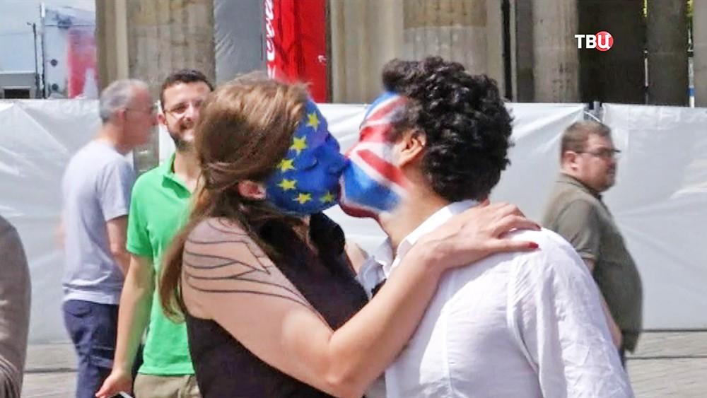 Протестующие против отделения Великобритании от Евросоюза