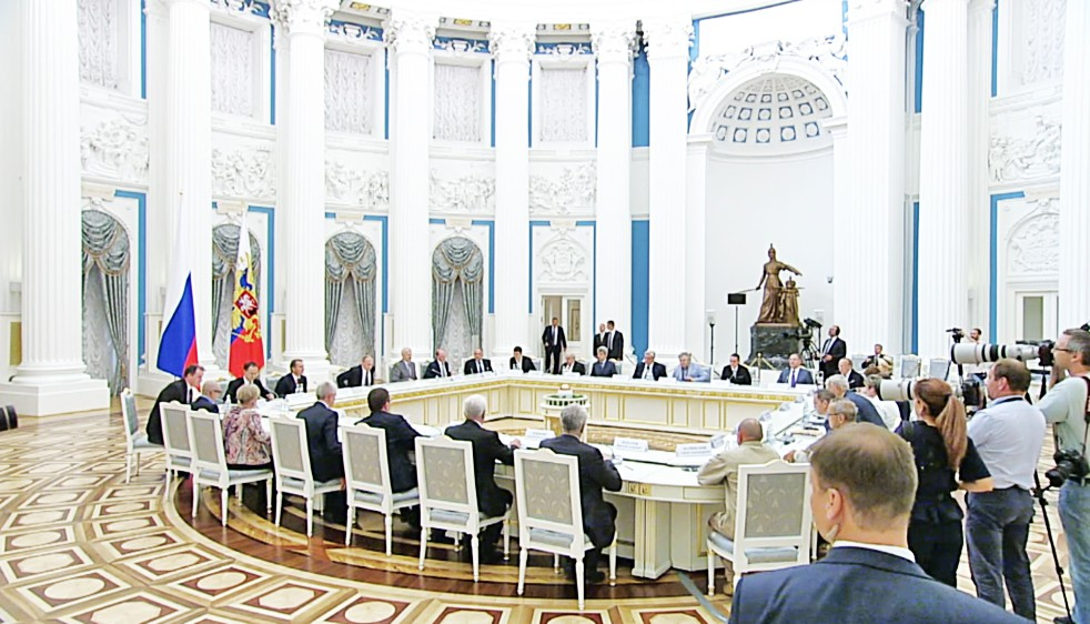 В Кремле состоялась встреча с участников Общероссийского исторического собрания