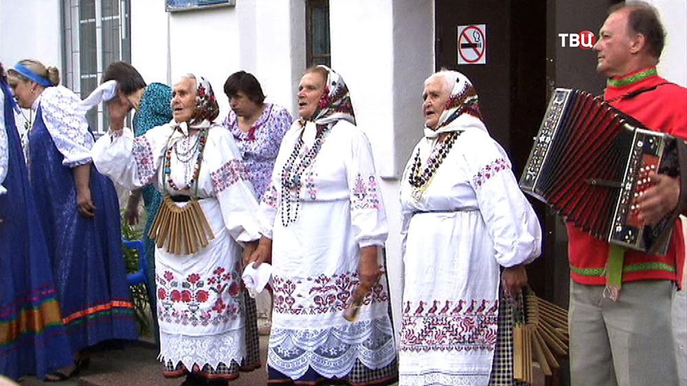 Русско-народный ансамбль