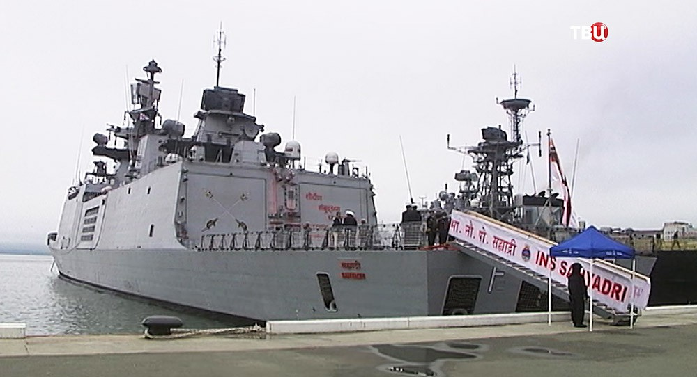 Прибытие корабля ВМФ Индии во Владивосток