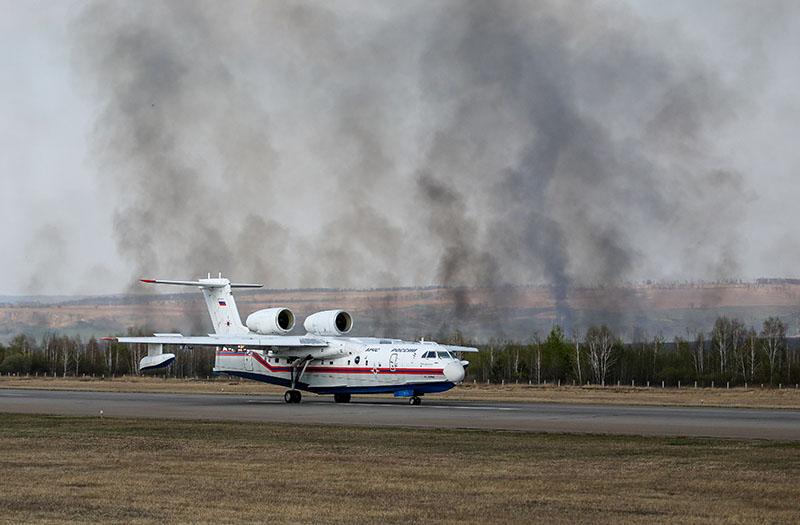 Противопожарный самолёт-амфибия Бе-200ЧС МЧС России