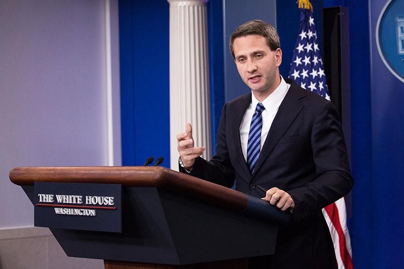 Официальный представитель Белого дома США Эрик Шульц