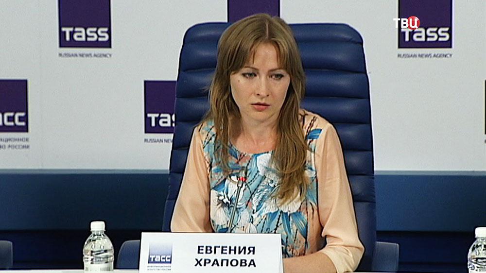 Пострадавшая в ходе конфликта с экс-чиновником на Старом Арбате Евгения Храпова