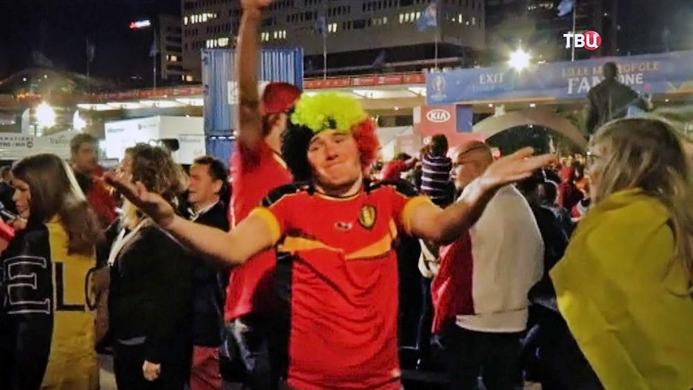 Футбольные фанаты сборной Бельгии