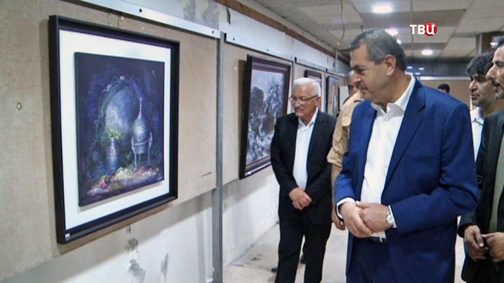Выставка картин в Сирии