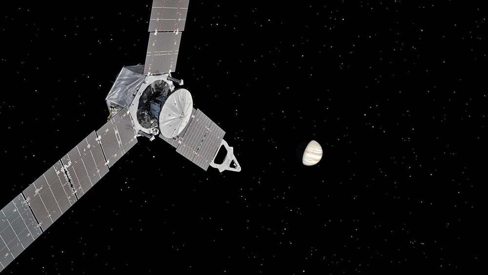 Зонд Juno на подлете к Юпитеру