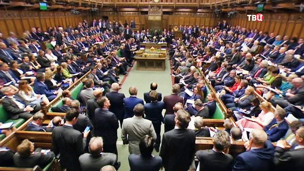 Парламент Британии