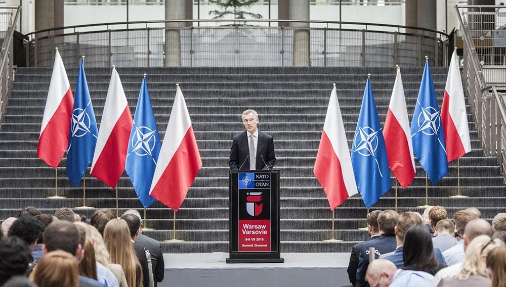 Генсек НАТО Йенс Столтенберг в преддверии саммити НАТО в Варшаве