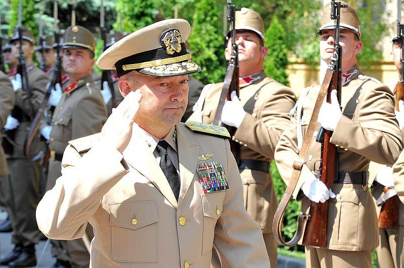 Бывший верховный главнокомандующий силами НАТО в Европе Джеймс Ставридис