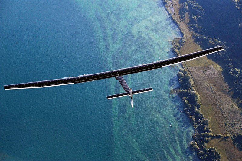 Самолет на солнечных батареях Solar Impulse 2