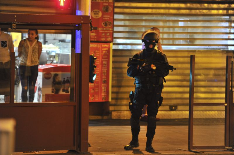Полиция на месте теракта в Ницце