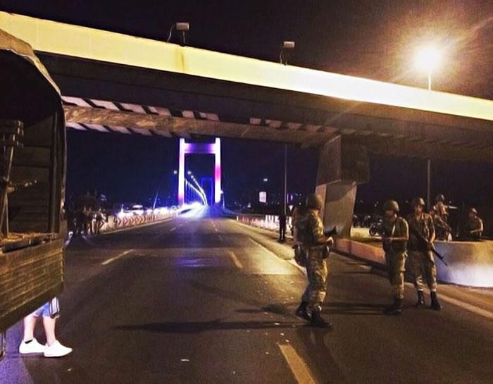 Военная полиция Турции на месте происшествия