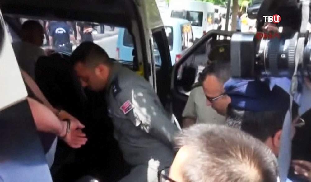 Задержанные военные в Турции