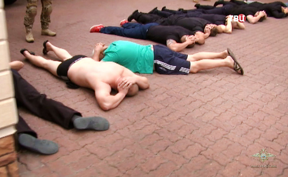 Задержанные участники перестрелки в ресторане на Рочдельской улице в Москве