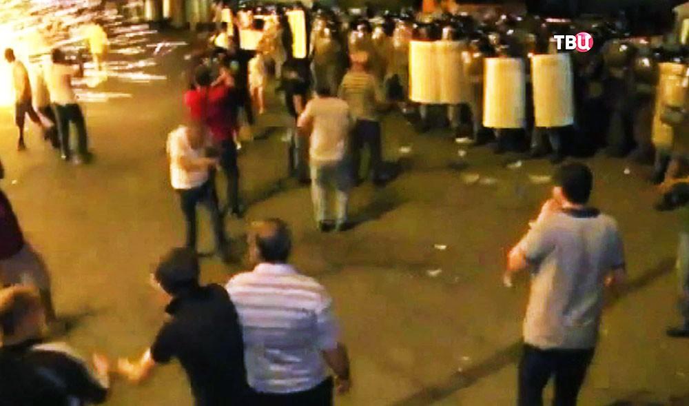 Столкновение представителей оппозиции в полиции Армении