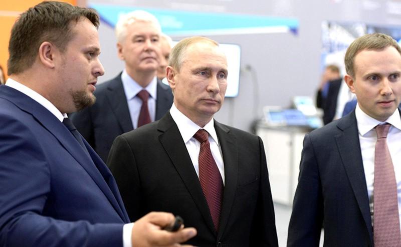 Владимир Путин на Форуме стратегических инициатив