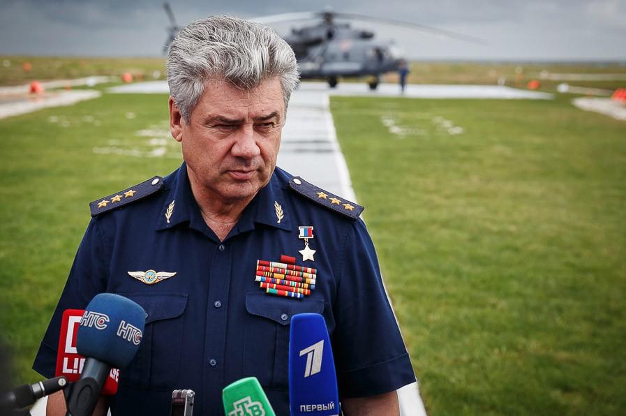 Главнокомандующий ВКС России генерал-полковник Виктор Бондарев