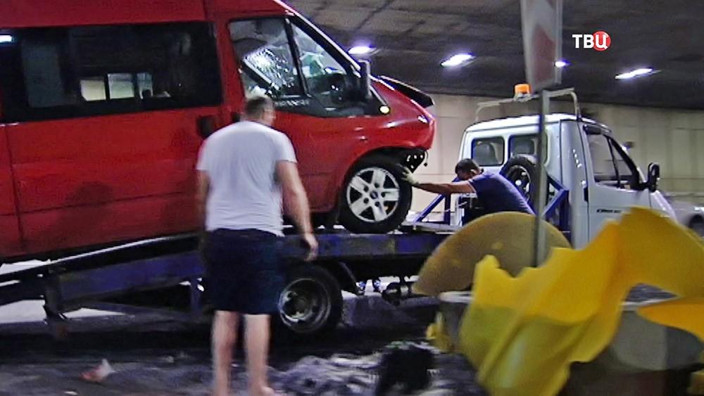 Последствия ДТП в Лефортовском тоннеле